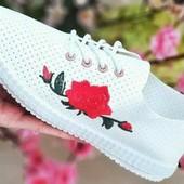 легеньке літнє взуття