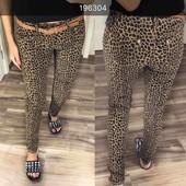 Отправка после оплаты! Трендовая модель джинс с принтов леопард в комплекте с поясом рр 25 26 27 28