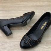 Срочная Распродажа на складе.Отличные туфли р 36-40 Хорошего качества.Цена шара