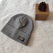 теплые шапочки UGG с отворотом на флисе, полушерсть! качество и цена бомба!