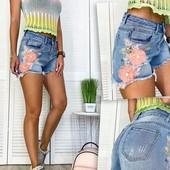 Сбор, New Jeans шорты джинсовые женские с аппликацией синие коттоновые (25-30 р)